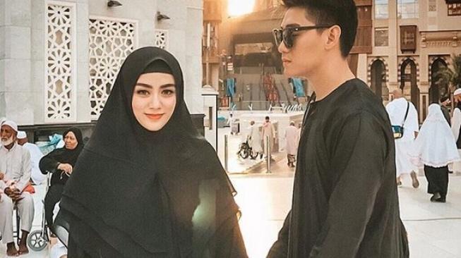 Ifan Seventeen Dan Istri Dylan Sahara Instagram Ifan Seventeen |  beritalangit.net
